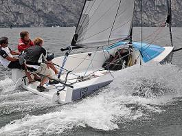 LinQ boats CQ-6