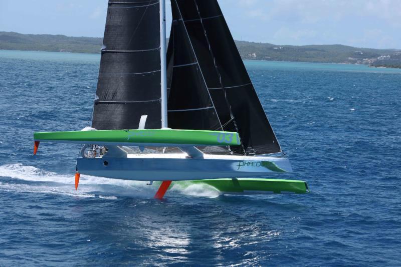 Phaedo 3 en plein vol sur deux coques après Willoughy Bay, à Antigua - Crédits : RORC/Tim Wright