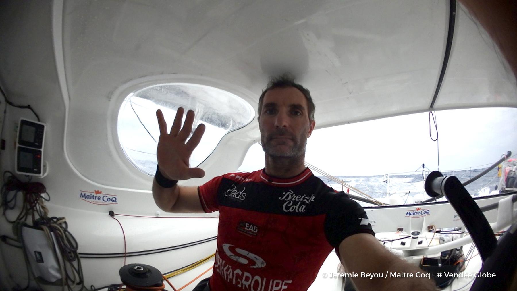 Vendée Globe. Avarie de grand-voile pour Jérémie Beyou sur Maître Coq