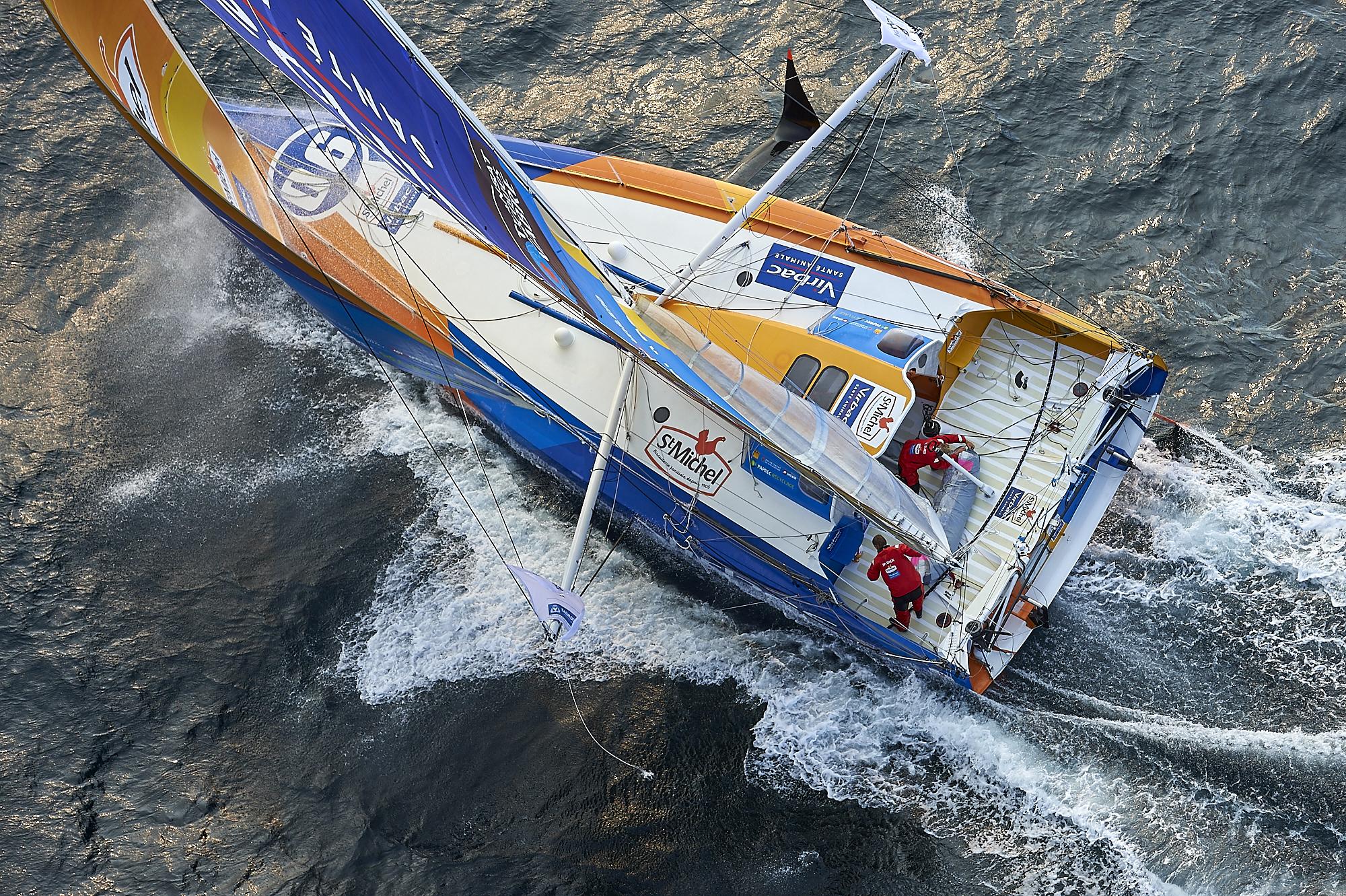 Son skipper en garde à vue, Oman Sail se retire — Jacques-Vabre