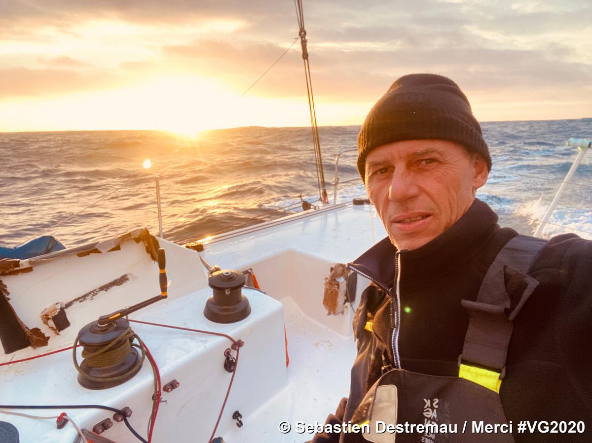 Vendée Globe : l'abandon de Sébastien Destremau