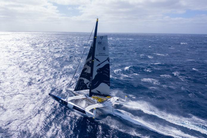 Avarie de safran de flotteur à bord du Maxi Edmond de Rothschild